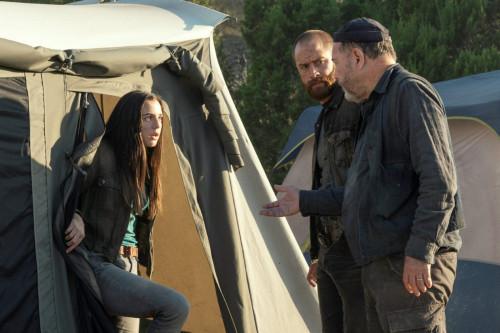 Alexa Nisenson as Charlie, Rubn Blades as Daniel Salazar, Cory Hart as Rollie - Fear the Walking Dea