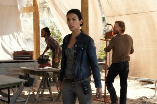Danay Garcia as Luciana, Austin Amelio as Dwight, Colby Hollman as Wes- Fear the Walking Dead _ Seas