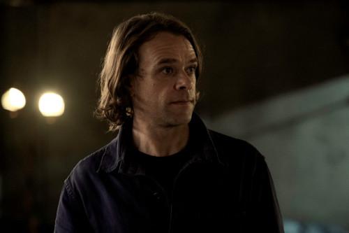 Nick Stahl as Riley- Fear the Walking Dead _ Season 6, Episode 11 - Photo Credit: Ryan Green/AMC