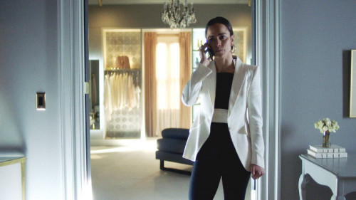 """QUEEN OF THE SOUTH -- """"The Fox in the Hen House"""" Episode 507 -- Pictured in this screengrab: (l-r) -"""