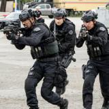 swat-season4-episode17-580x464.th.jpg