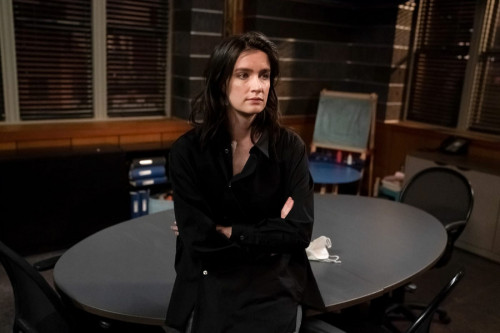 """LAW & ORDER: SPECIAL VICTIMS UNIT -- """"What Can Happen In The Dark"""" Episode 22015 -- Pictured: Anna W"""