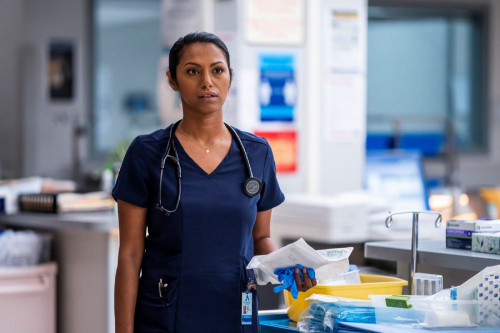 """NEW AMSTERDAM -- """"More Joy"""" Episode 401 -- Pictured: Shiva Kalaiselvan as Leyla -- (Photo by: Zach D"""
