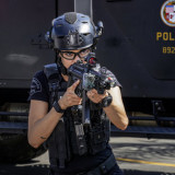 swat-season5-episode4b-696x497.th.jpg